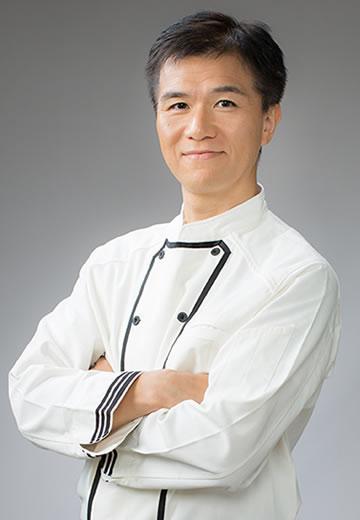 発行人:井上 岳久